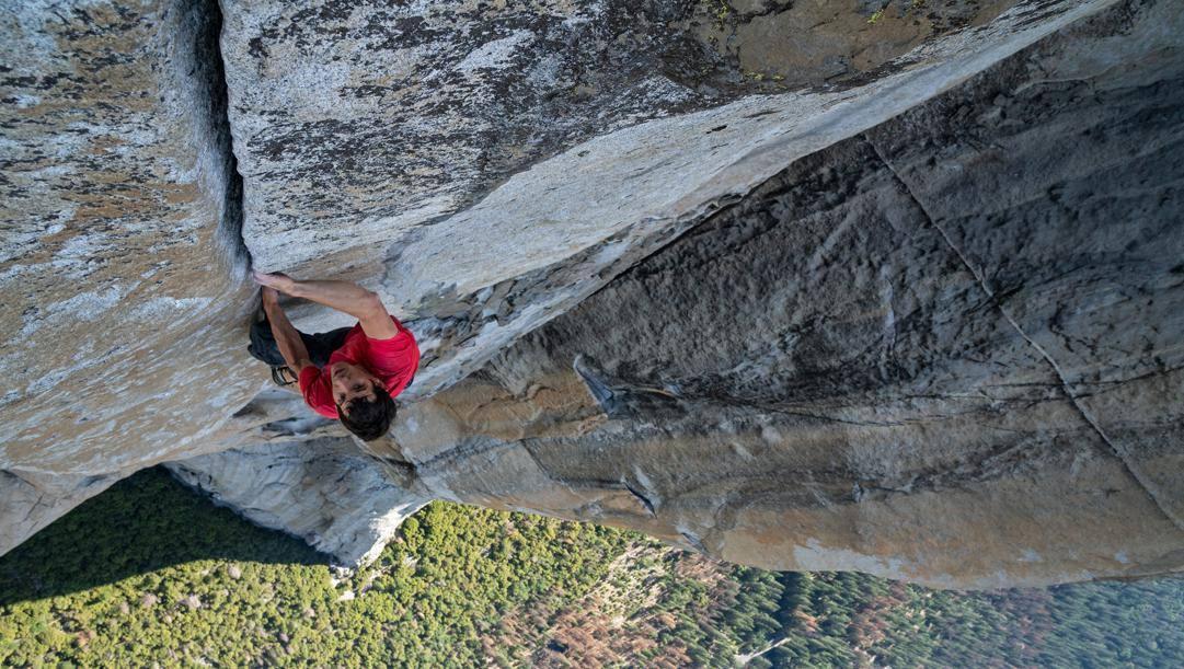 Alex Honnold impegnato ne El Capitan