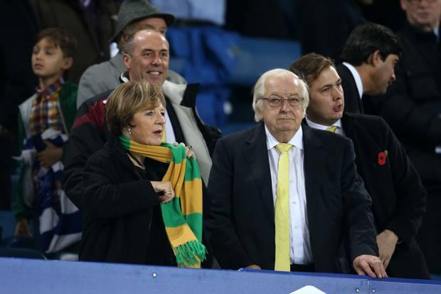 Delia Smith, 79 anni, col marito Michael Wynn Jones , 79, a  Norwich