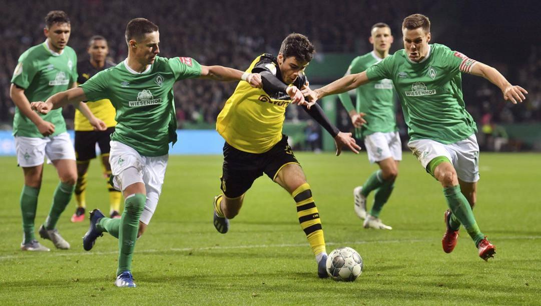 Giovanni Reyna, 17 anni, con il Borussia Dortmund contro il Werder Brema in Coppa di Germania. Afp