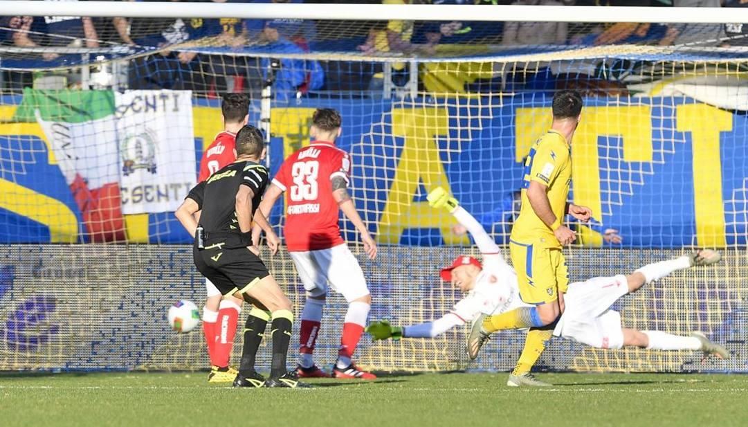 Il gol di Rohden. Lapresse