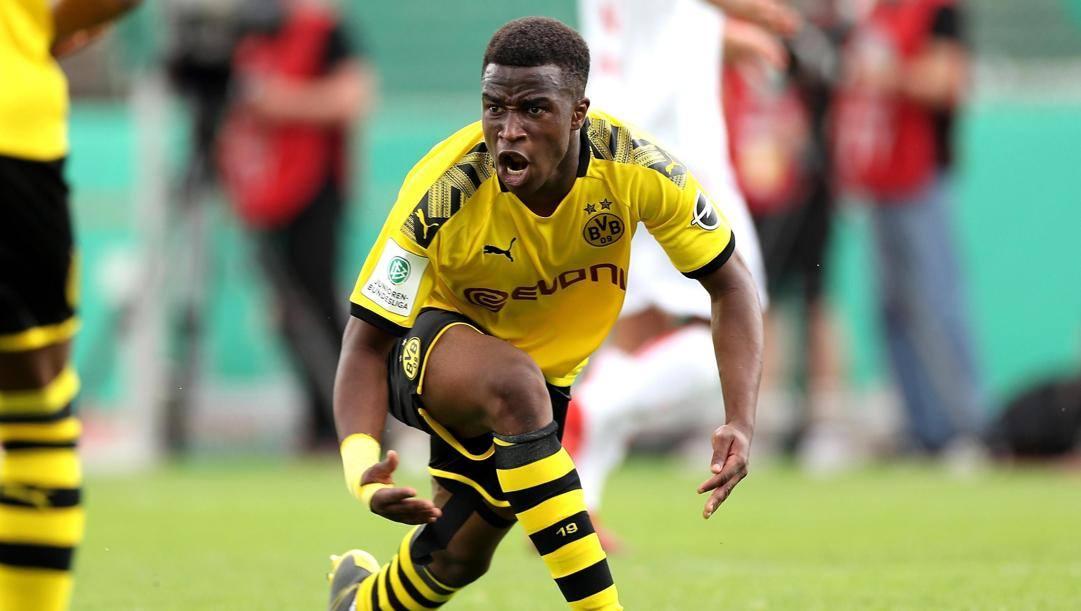 Youssoufa Moukoko, 15 anni, attaccante della Primavera del Borussia Dortmund. Epa