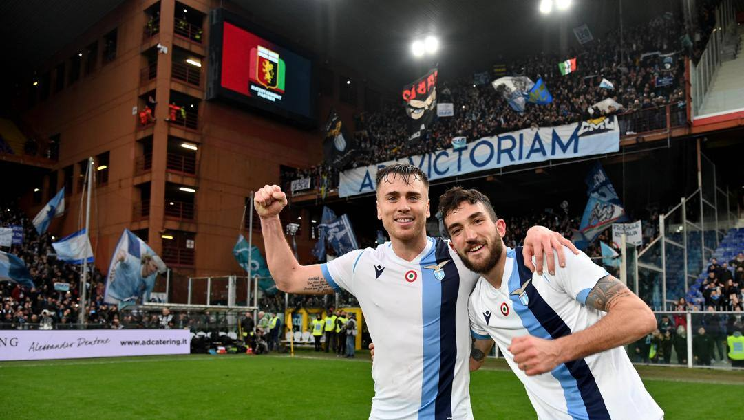La gioia di Patric e Cataldi alla fine di Genoa-Lazio. Getty