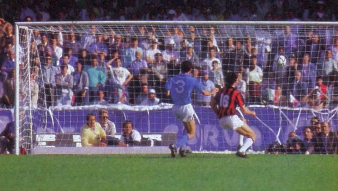 1° maggio 1988: Marco Van Basten segna a porta vuota al San Paolo di Napoli.