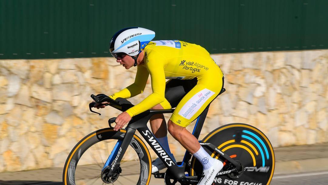 Remco Evenepoel, 20 anni, nella cronometro della Volta Algarve. Bettini
