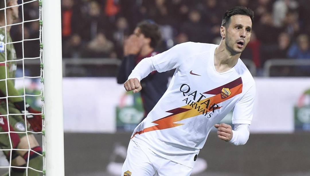 Nicola Kalinic, 32 anni, esulta dopo il suo secondo gol segnato al Cagliari. (Lapresse)
