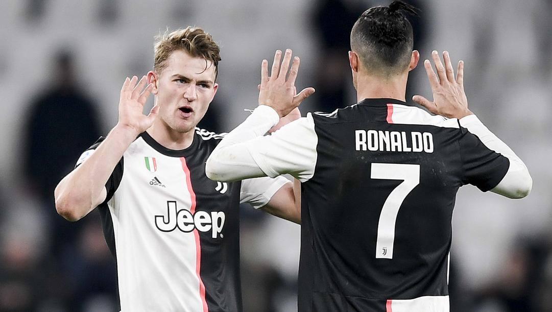 De Ligt con Cristiano Ronaldo. Getty