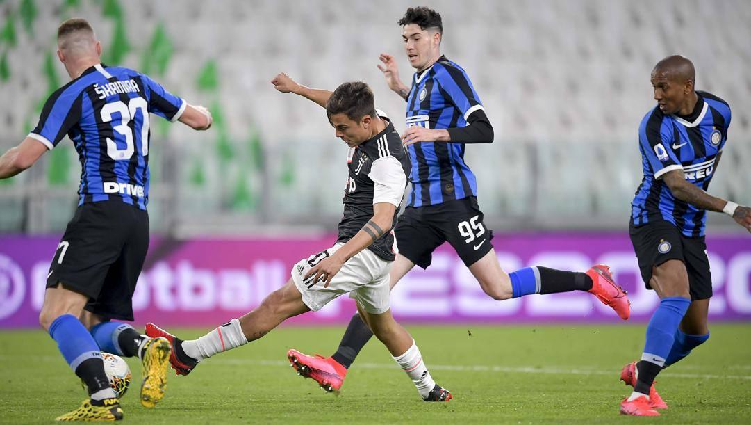 Il gol del 2-0 di Dybala. Getty