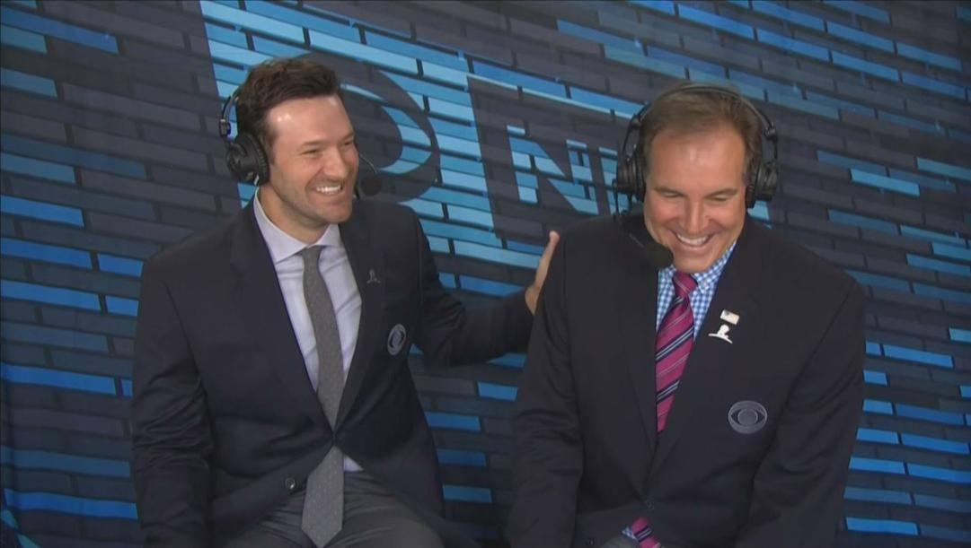 Tony Romo, 39 anni, con Al Michaels, 75. Ap
