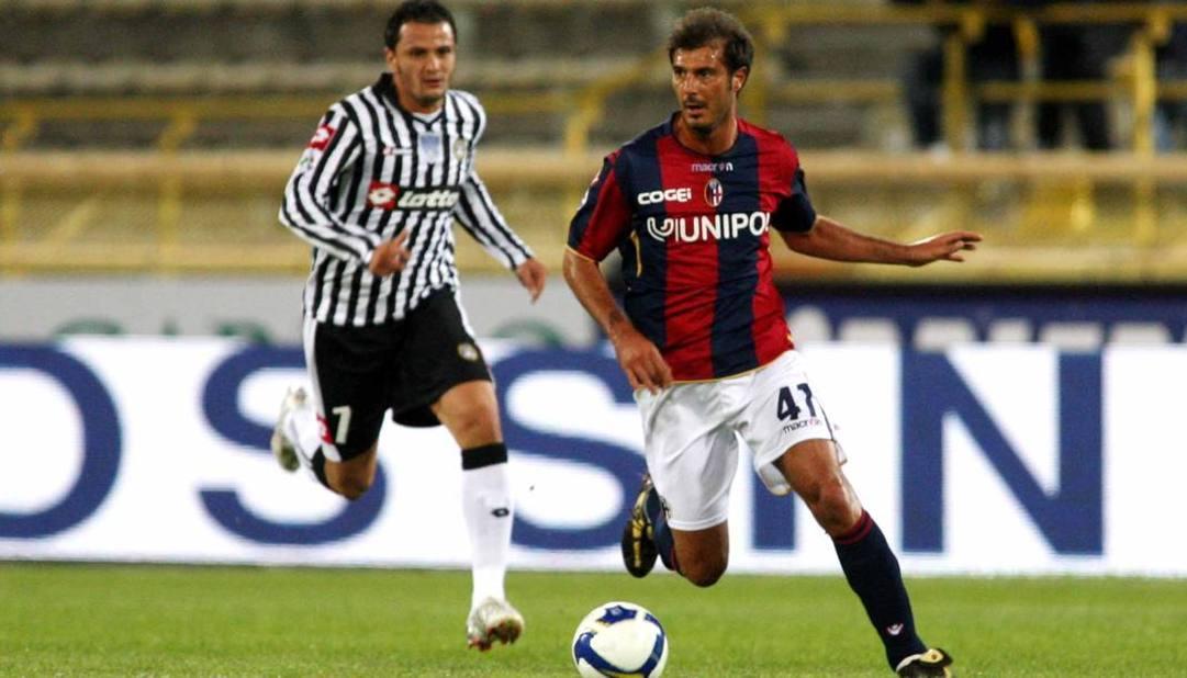 Massimo Marazzina, 45 anni, in maglia Bologna. Lapresse