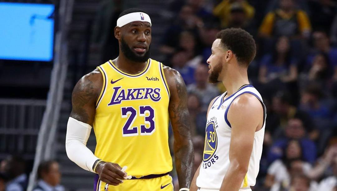 LeBron James, 35 anni, e Steph Curry, 32. Afp