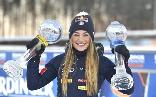 Dorothea Wierer, 29 anni, con la Coppa generale e quella Mass Start. Ap