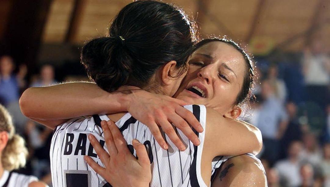 Viviana Ballabio e Mariangela Cirone alle finali  2002