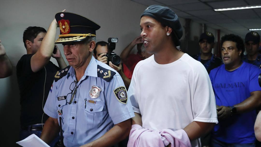Ronaldinho ad Asuncion. Ap