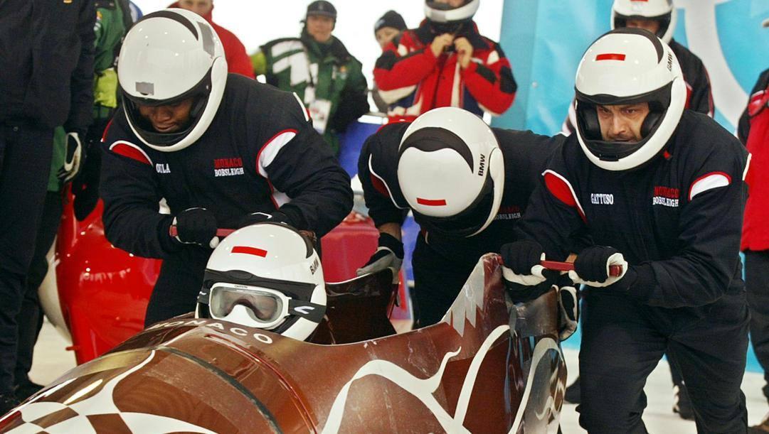 L'equipaggio di bob a 4 di Monaco alle Olimpiadi Invernali 2002: il principe Alberto è davanti, nel ruolo di pilota. Epa
