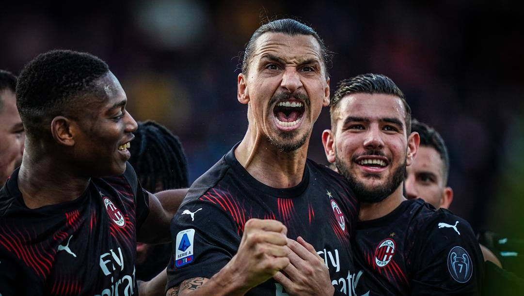 Zlatan Ibrahimovic dopo il suo primo gol stagionale a Cagliari. Lapresse