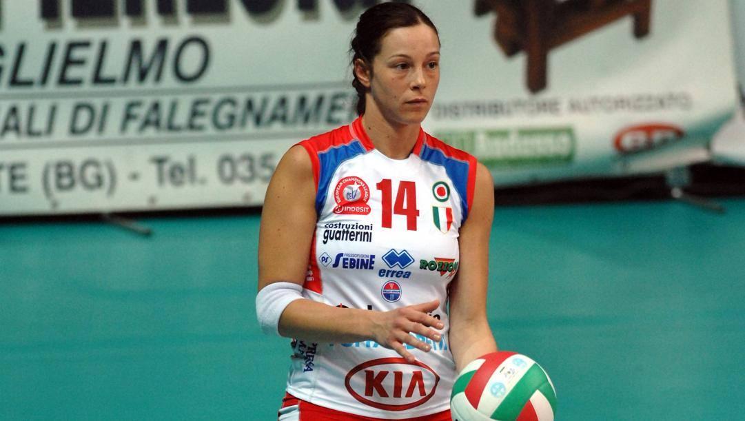 Eleonora Lo Bianco con la maglia della Foppapedretti Bergamo