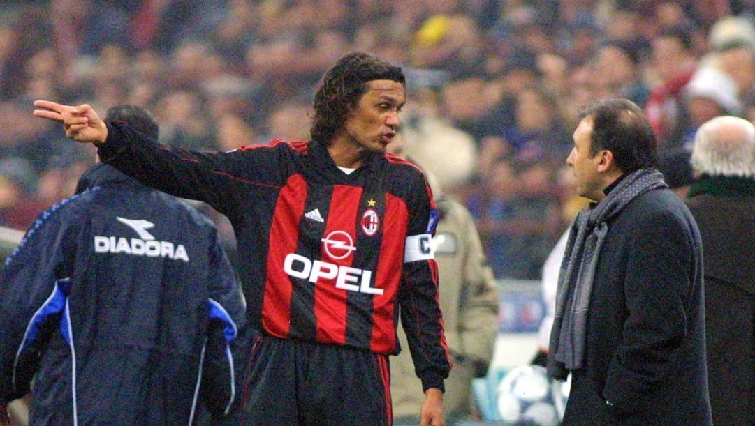 Paolo Maldini e Alberto Zaccheroni in una foto del 2001. Ap