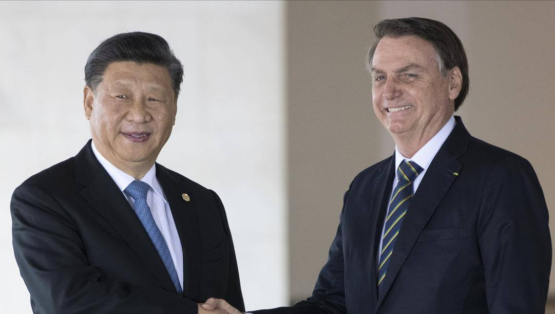 Bolsonaro col presidente cinese Xi Jinping. Ap