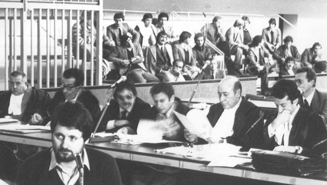 La deposizione di Massimo Cruciani al processo. Ansa