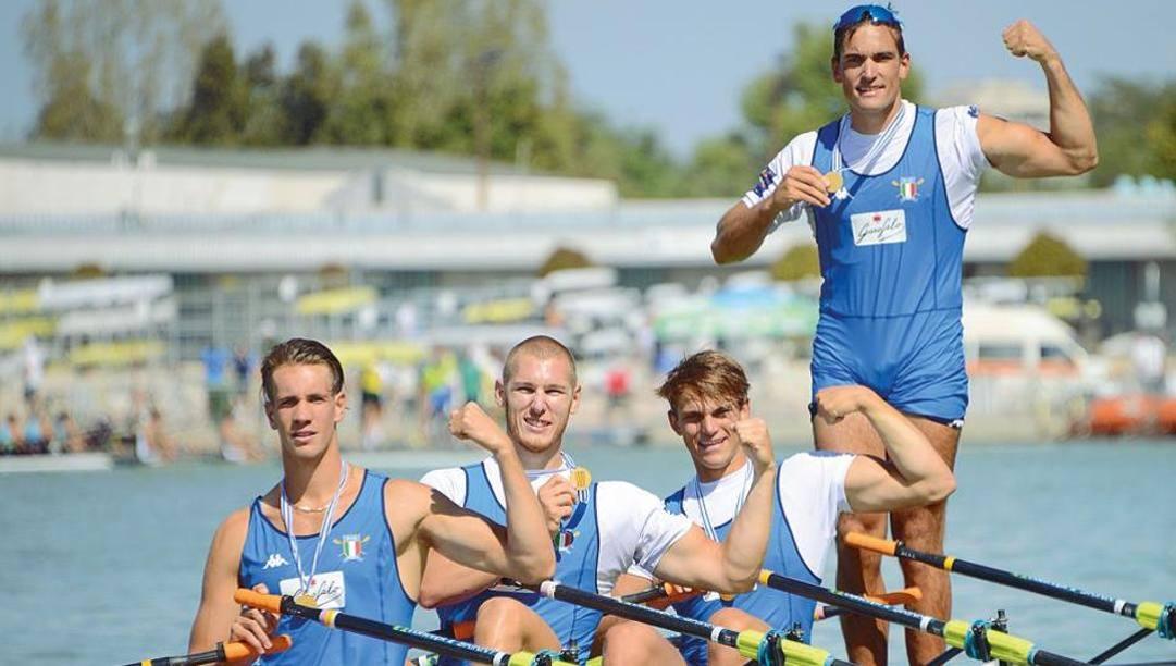 Da sinistra Giacomo Gentili, Luca Rambaldi, Andrea Panizza e Filippo Mondelli dopo l'oro mondiale  2018. Perna