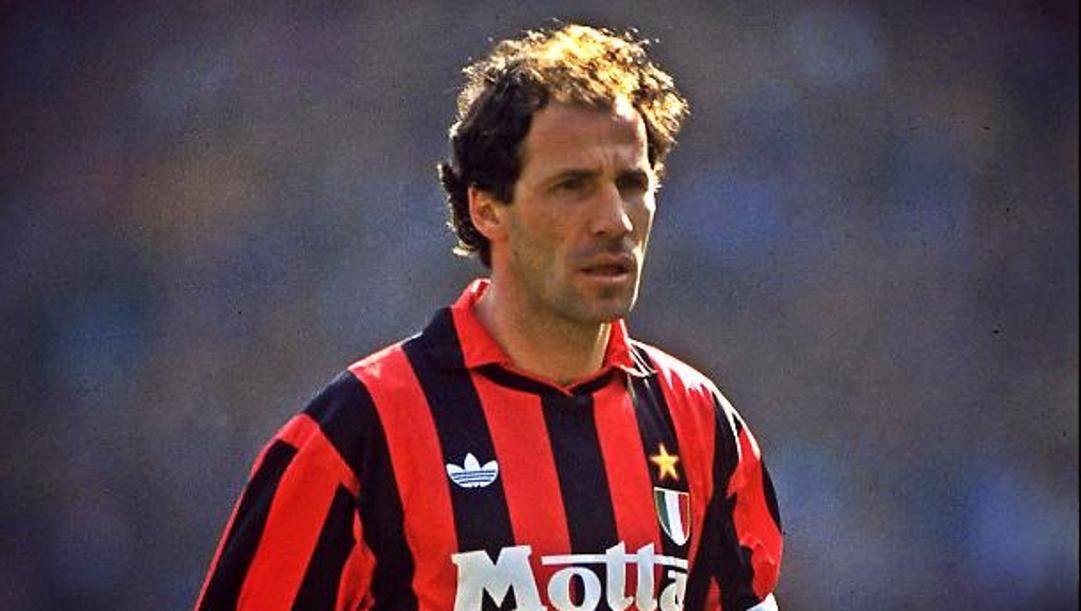 Franco Baresi, simbolo del difensore centrale.