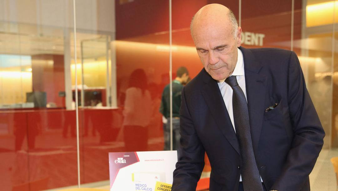 Il professore Piero Volpi, responsabile medico dell'Inter