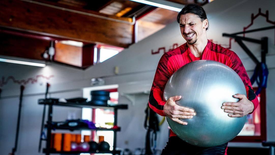 Zlatan Ibrahimovic, 38 anni, in allenamento. LaPresse