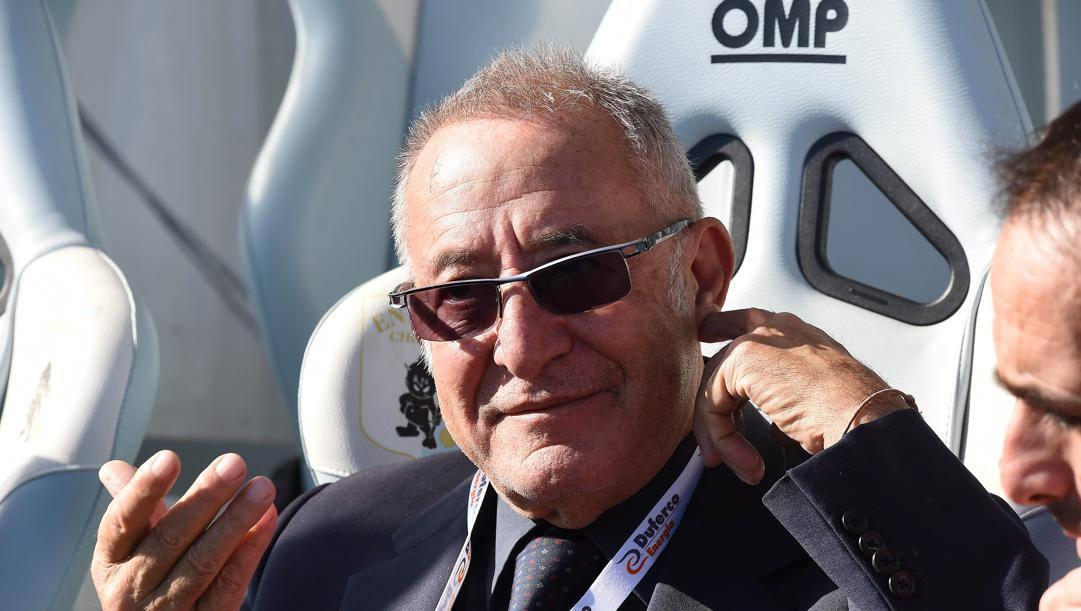 Il Benevento di Oreste Vigorito sta dominando la serie B. Lapresse