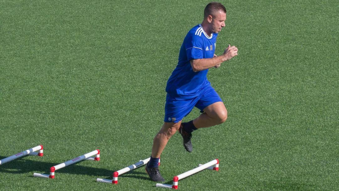 Antonio Cassano, 37 anni, in allenamento con l'Entella nel 2018. Ansa