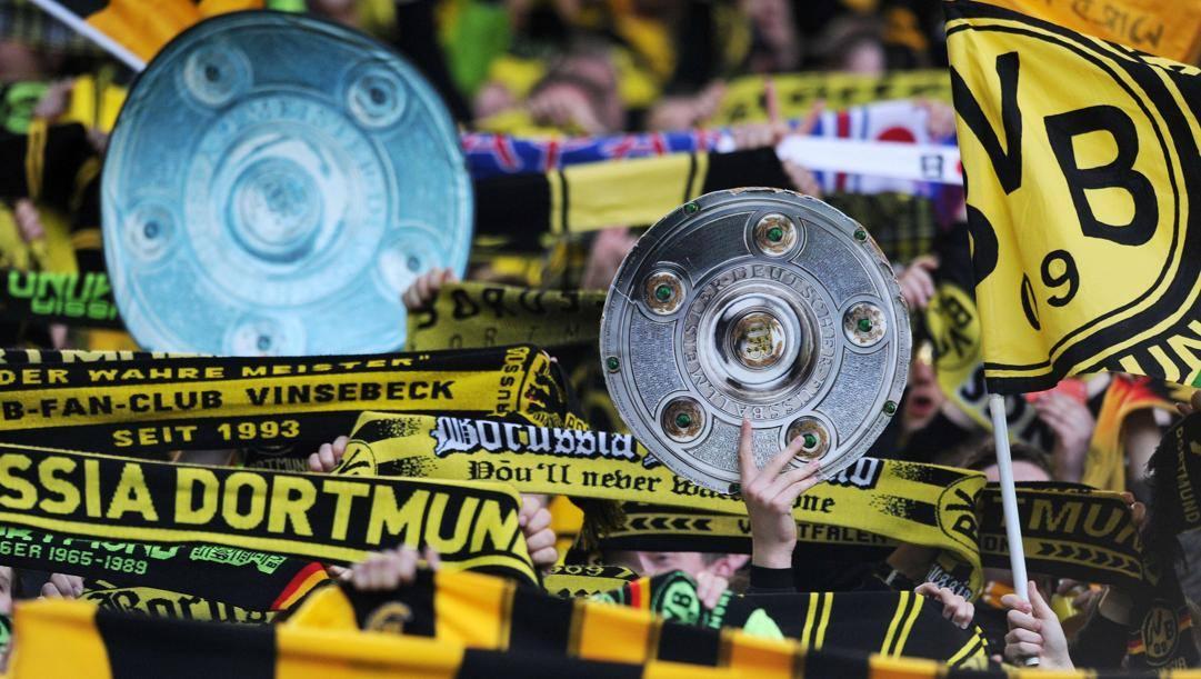 La curva del Borussia Dortmund. Afp