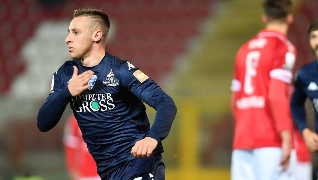 Il centrocampista Davide Frattesi, 21 anni, è in prestito all'Empoli dal Sassuolo. La Roma ha un diritto di riacquisto da esercitare entro il 30 giugno. LaPresse