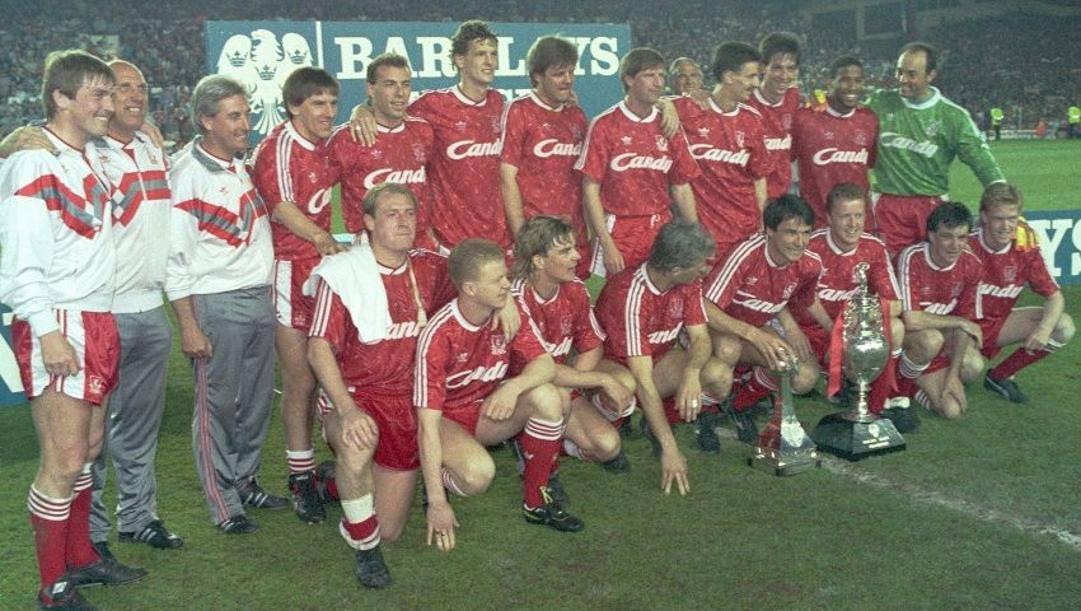La formazione del Liverpool che ha vinto il titolo nel 1989-90.