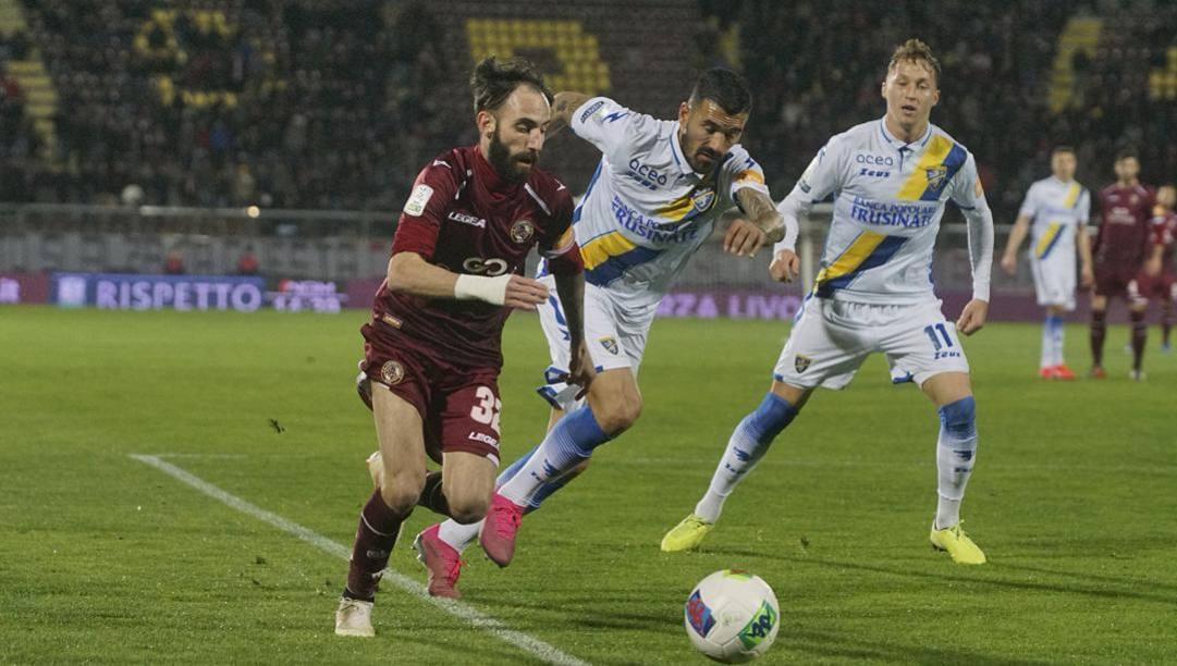 Un'immagine da Livorno-Frosinone, una delle ultime partite prima dello stop. Lapresse