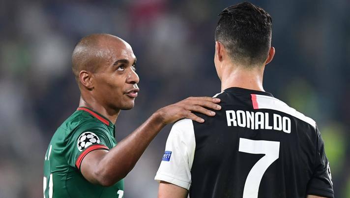 Joao Mario e Cristiano Ronaldo. Afp