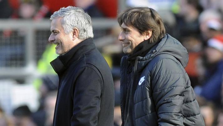 José Mourinho, 57 anni, e Antonio Conte, 50. Ap