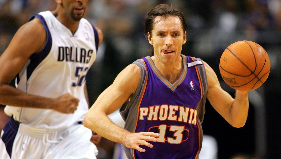 Nash in maglia Suns. Afp