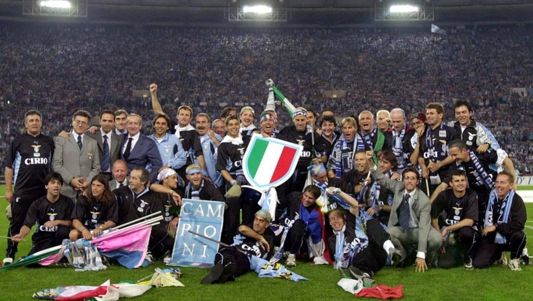 La festa della Lazio 1999-2000 sul prato dell'Olimpico. Ap