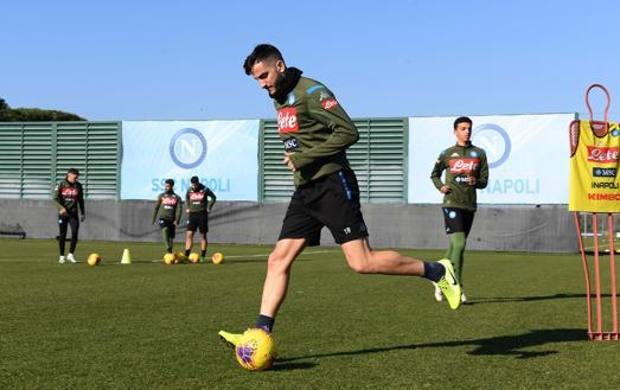 Kostas Manolas, 28 anni, in allenamento a Castel Volturno. Getty
