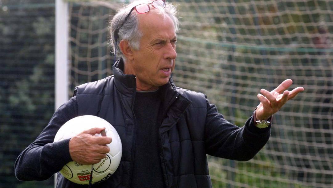 Franco Scoglio ha vissuto i suoi anni migliori tra Messina e Genova. Pegaso News