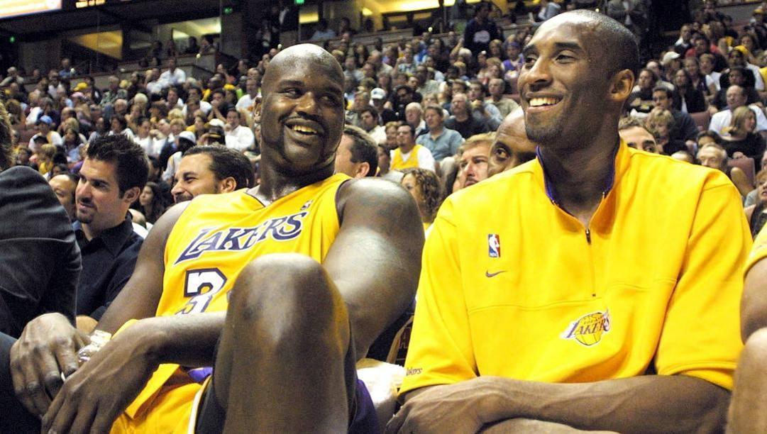Shaquille O'Neal, oggi 48 anni, e Kobe Bryant: hanno giocato insieme ai Lakers dal 1996 al 2004, vincendo 3 anelli. Epa