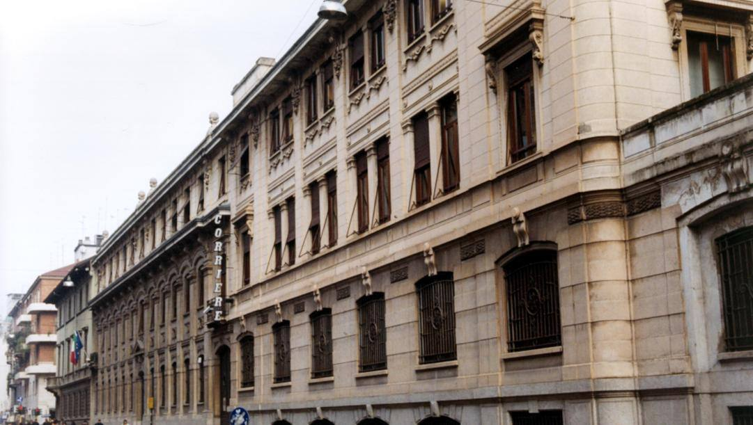Il palazzo di via Solferino a Milano venduto nel 2013 da RcsMediagroup al fondo americano Blackstone