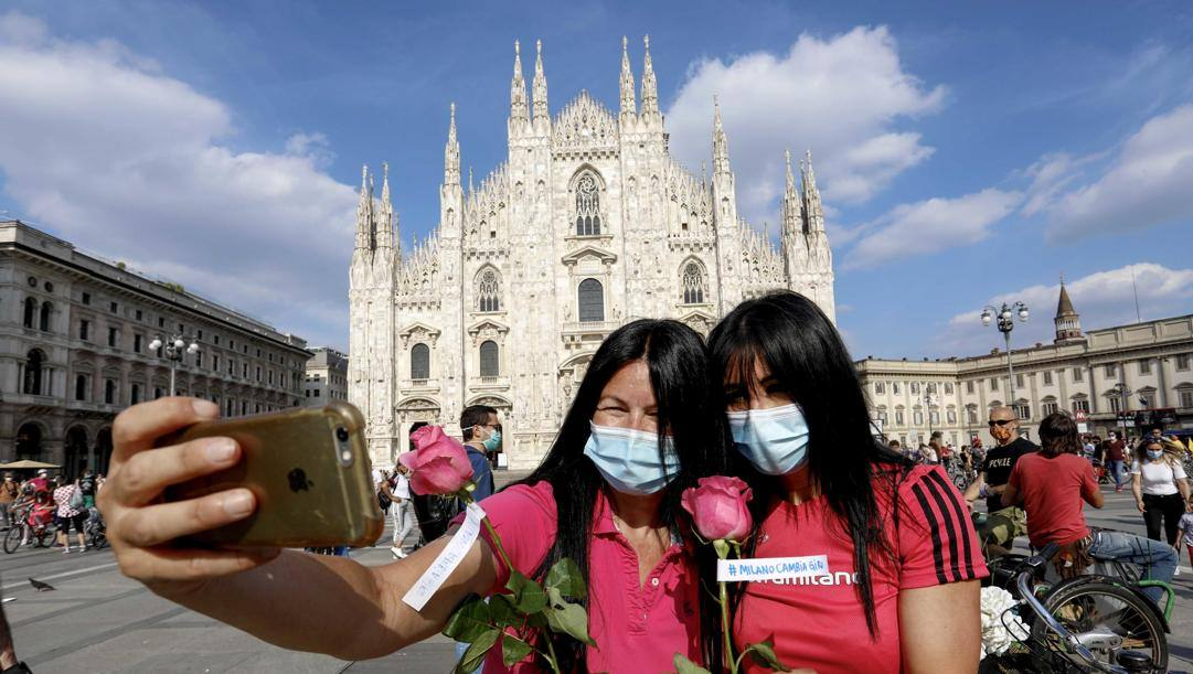 Una immagine del flash mob in Piazza Duomo