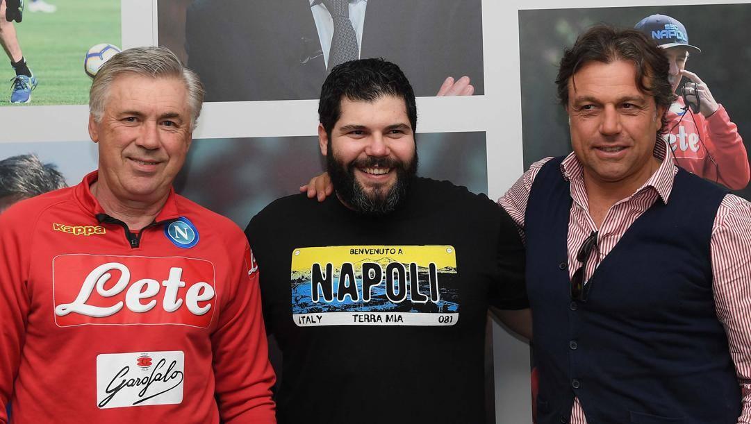 Esposito con Ancelotti (al tempo al Napoli) e Giuntoli. Getty