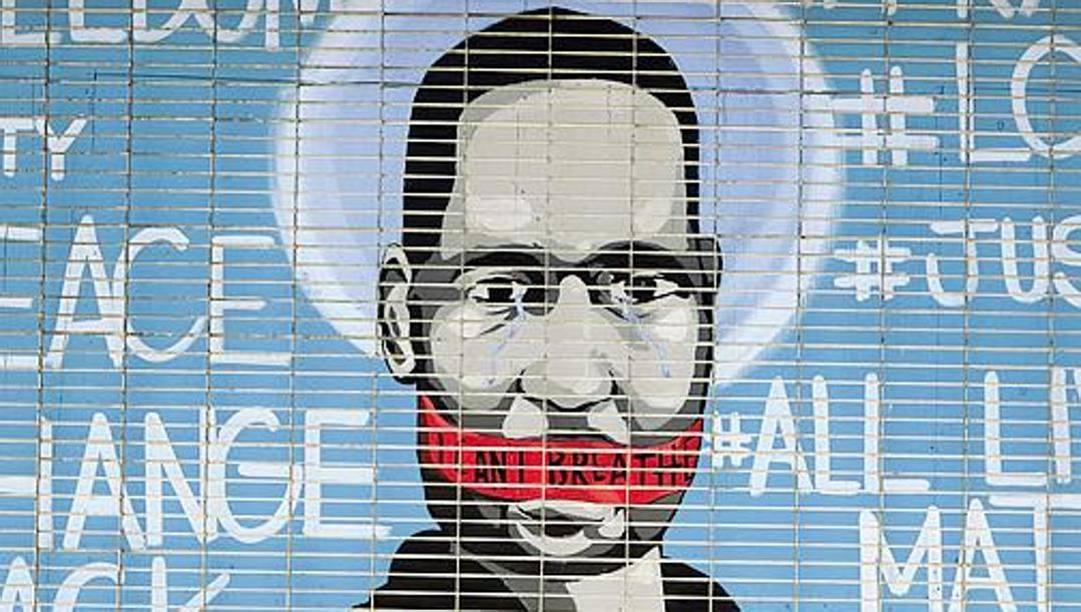 Uno dei tanti murales per George Floyd