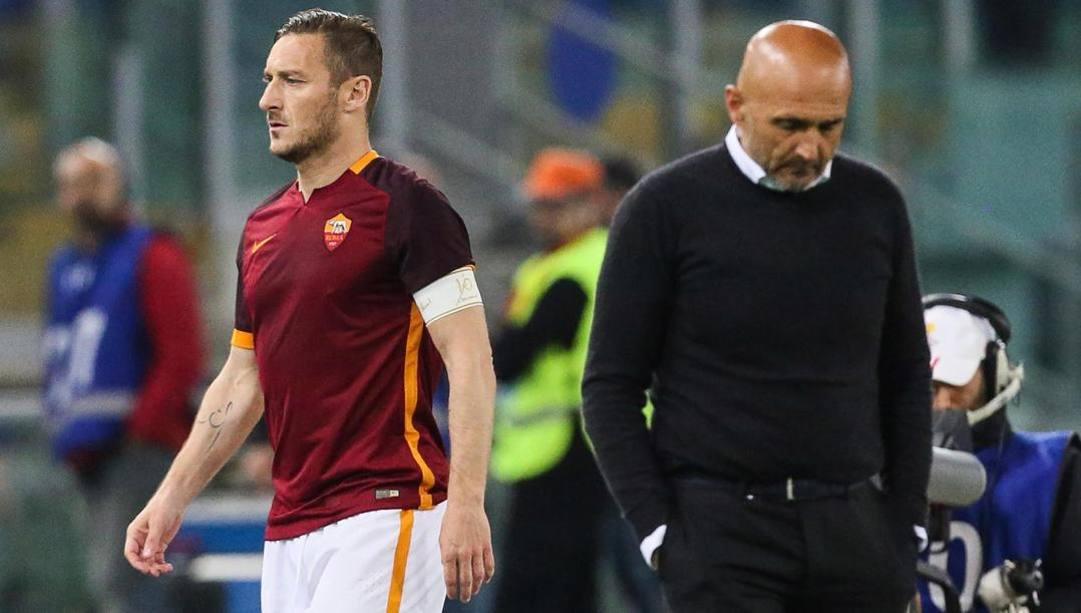 Luciano Spalletti, 61 anni, con Francesco Totti, 43.  Ansa