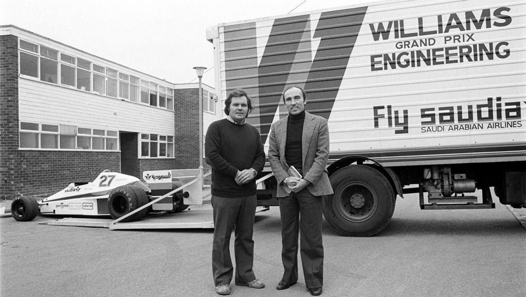 Patrick Head (a sin.) e Frank Williams al lancio della Williams FW06, nel 1978