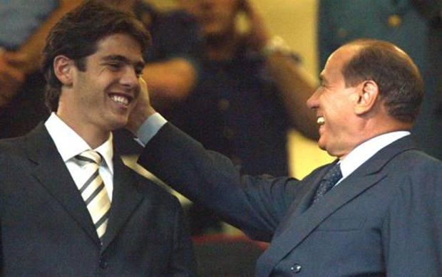Berlusconi con Kakà ai tempi del Milan. Ansa