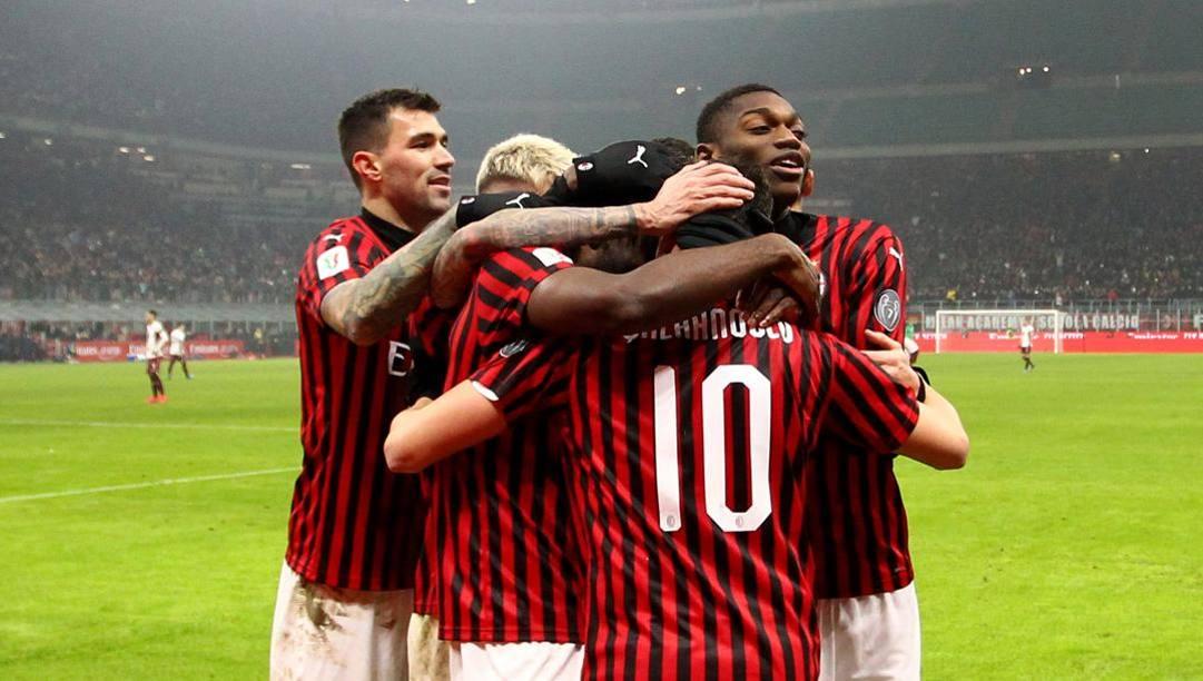 Il Milan festeggia il 3-2 al Torino in Coppa Italia. LaPresse
