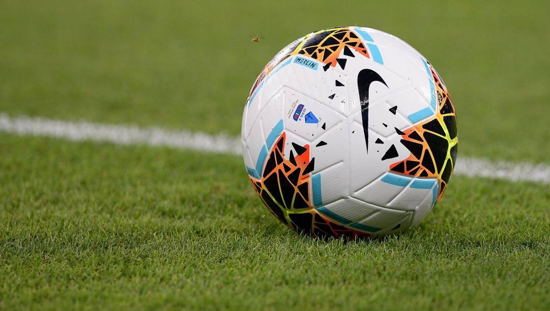 Il Nike Merlin, pallone ufficiale della Serie A 2019/2020. LaPresse