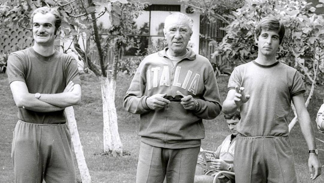 Sandro Mazzola, il c.t. Ferruccio Valcareggi e Gianni Rivera. Ansa